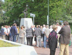 Ook vrouwen op monument Acht van Chaam!